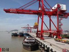一個集運艙位炒到兩萬美元,貨物仍然積壓嚴重;機構:天價運費已...
