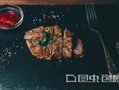 否认人造肉蹭热点 金字火腿实控人、高管抛出减持计划